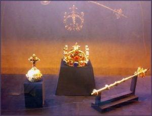 joyas malditas de la corona checa